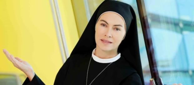 Elena Sofia Ricci in Che Dio ci aiuti 4: ascolti da record