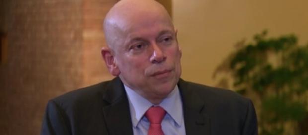 Leandro Karnal, em entrevista a Roberto D'Ávila, explica porque as pessoas matam (Foto: Globonews/Youtube)