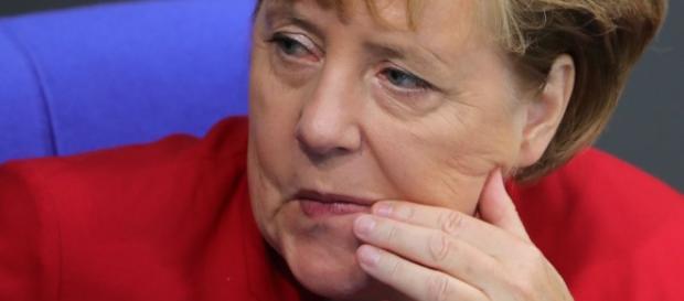 Ratlos: Die Bundeskanzlerin. (Fotoverantw./URG Suisse: Blasting.News Archiv)