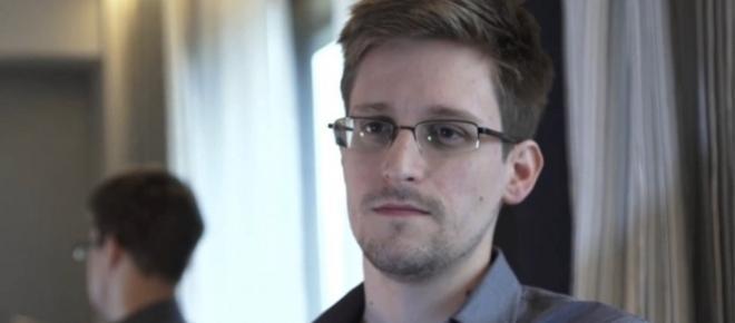 Rússia alarga estadia de Edward Snowden