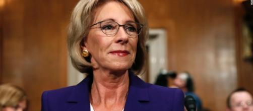 Betsy DeVos pick pushes vouchers, parries questions over ethics ... - cnn.com