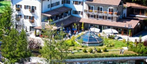 Una valanga si è abbattuta sull'Hotel Rigopiano.