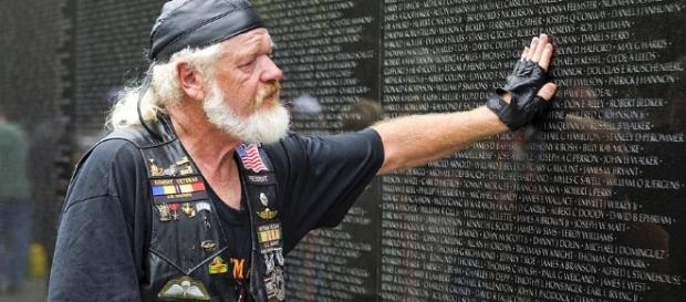 1000+ images about Vietnam Veterans Memorial on Pinterest ... - pinterest.com