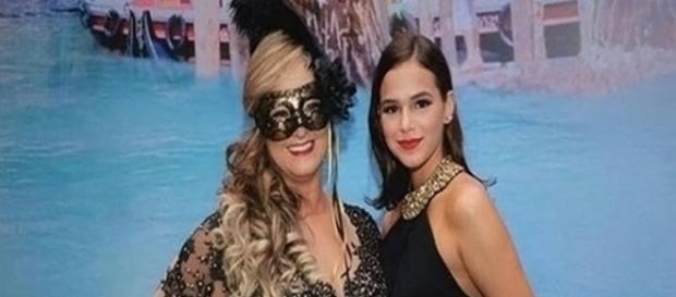 Bruna com a sogra, Nadine Santos. Reprodução/Instagram