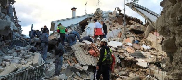 Terremoto en Italia: Una madre que ya sufrió el terremoto de ... - elconfidencial.com