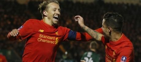 Rare Lucas Leiva goal edges Liverpool past Plymouth | MARCA in English - marca.com