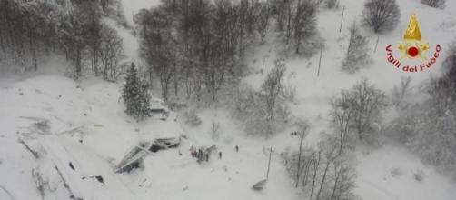 Alud en Italia: los huéspedes del hotel sepultado habían pedido ... - lavanguardia.com
