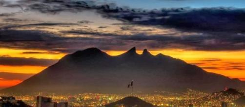 Nuestros corazones con Monterrey