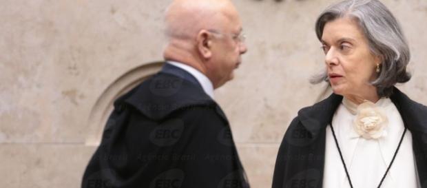 Presidente do STF lamenta morte de ministro