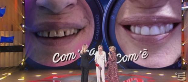 Selfie | Gemma Galgani si è rifatta i denti