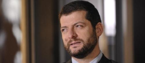 Andrea Romano parla dei referendum sul Lavoro (foto: unita.tv)
