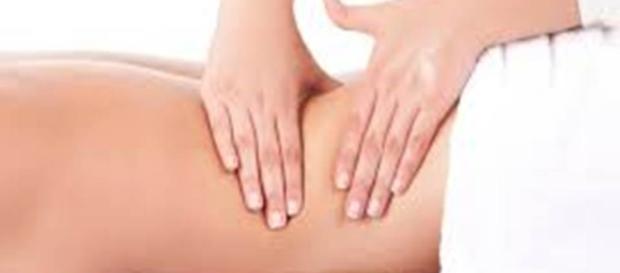 através da massagem podemos obter benefícios no corpo, alma e mente.