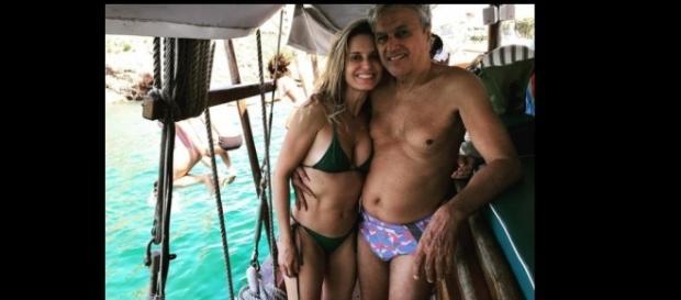 Esposa de Caetano posta foto do cantor com Paula Bulamarqui