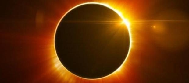 Há 38 anos não acontecia um eclipse total do Sol nos Estados Unidos (Banco de imagens Google)