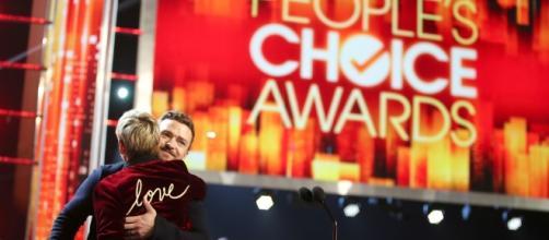 Ellen DeGeneres and Justin Timberlake, both PCA 2017 winners / Photo from 'Zimbio' - zimbio.com (via BN library)