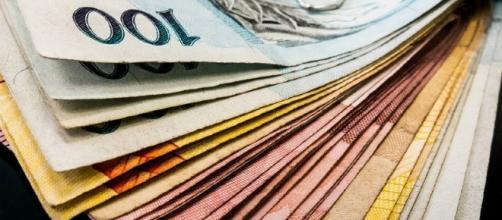 Saques das contas inativas do FGTS iniciam em março de 2017