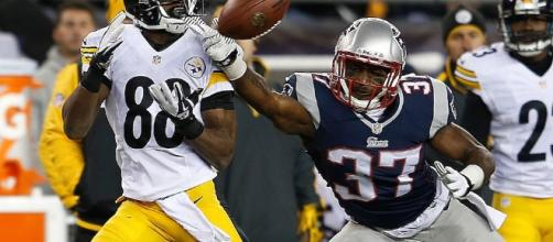 Steelers vs. Patriots in the 2017 AFC Championship Game. (Image via Blasting News images library - inquisitr.com)