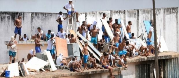 Motín en el penal de Alcaçuz: la policía brasileña busca controlar ... - eju.tv