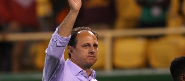 Rogério Ceni conseguiu sua primeira vitória como treinador em competições (Créditos: Rubens Chiri / saopaulofc.net)