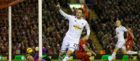 Liverpool 4-1 Swansea: Adam Lallana bags a brace as Jonjo Shelvey ... - dailymail.co.uk