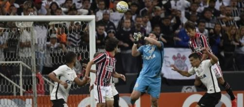 Clássico Corinthians x São Paulo será disputado pela primeira vez fora do Brasil.