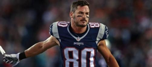 Danny Amendola is one of seven questionable Patriots for Sunday's game. - Wikipedia