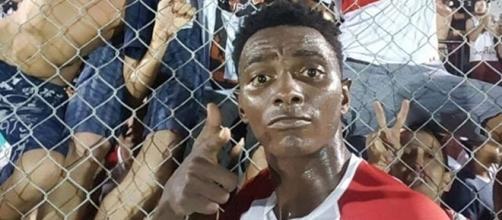 Jogador adulterou documentos para participar da Copa São Paulo (foto: Facebook Paulista F.C.)