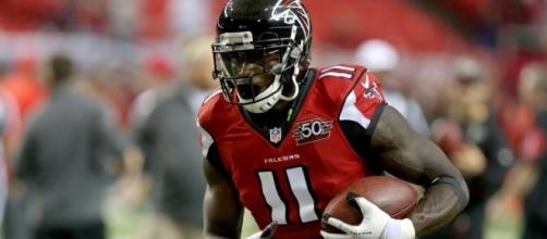 Julio Jones was removed from this week's injury report for the Falcons. - Wikipedia