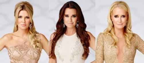 RHOBH promo photo with Brandi Glanville and Kyle Richards-Screencap
