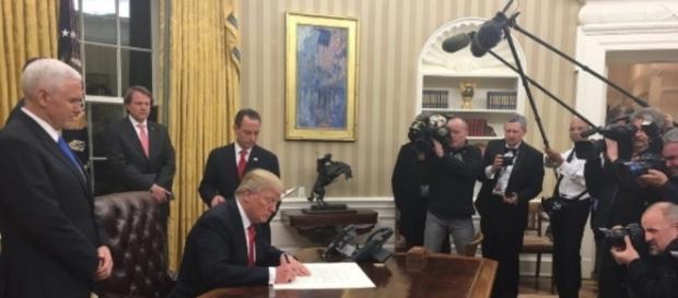 O novo presidente americano mostra que está disposto a cumprir tudo que prometeu durante a campanha.
