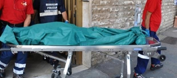 ROMÂN de 22 de ani găsit ÎMPUȘCAT în cap în ITALIA