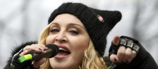Madonna at Women's March rally didn't do the organizers any favors! Photo: Blasting News Library- The Hindu - thehindu.com