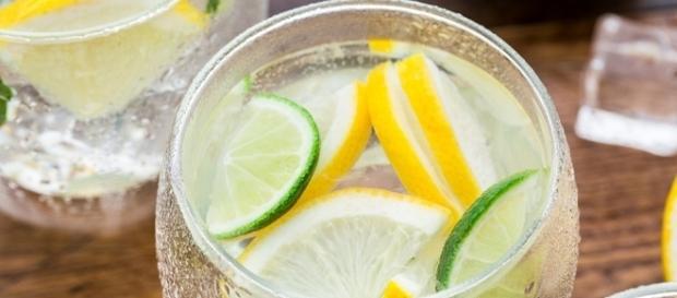 Refrescancia, sabor e delicadeza nesta água aromatizada.