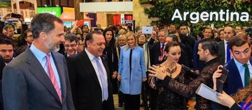 el stand de Argentina contó con la presencia de los Reyes de España