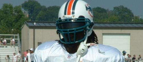 Former Miami Dolphins running back Ricky Williams appears in recent police video / Chrisjnelson, Wikimedia Commons CC BY-SA 3.0