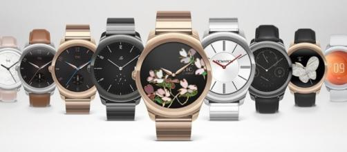 Is It Smart To Get A Smart Watch? A Few Things To Consider ... - watchisthis.com