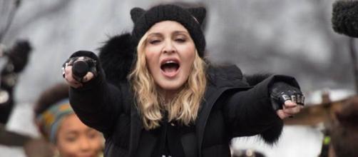 Madonna em protesto na marcha das mulheres 2017