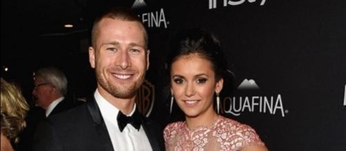 Nina Dobrev e Glen Powell na festa da InStyle após o Globo de Ouro 2016