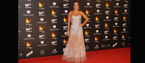 Alfombra-roja-Premios-Feroz-Paula-Echevarria