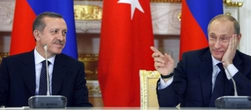 La Turchia di Recep Erdogan riconosce la sovranità della Siria di Assad: una grande vittoria diplomatica per Vladimir Putin