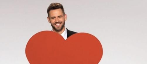 Nick Viall runs into his ex during a date on 'The Bachelor' - eonline.com