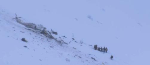 Tragedia in Abruzzo, precipita un elicottero del 118 - velvetnews.it