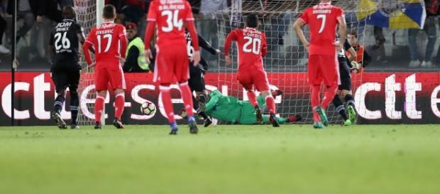 O Moreirense e o Benfica jogam a segunda meia-final da Taça da Liga