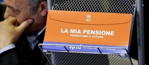 Una lettera con gli aggiormanenti INPS che la pensione anticipata