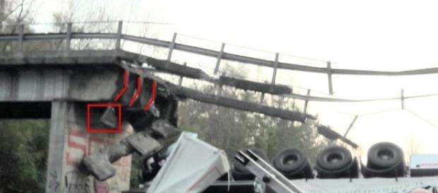 Crolla ponte in Calabria (foto di repertorio)