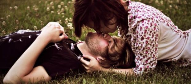 Descubra o que acontece com seu corpo quando está apaixonado