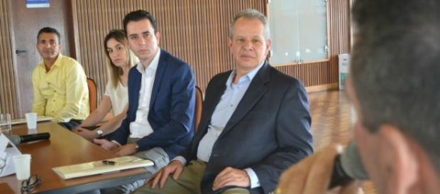 Representantes reunidos para discutir a segurança pública em Santo André (foto: site da prefeitura)