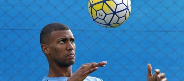 Walace está tendo grande destaque no Grêmio e na Seleção Brasileira