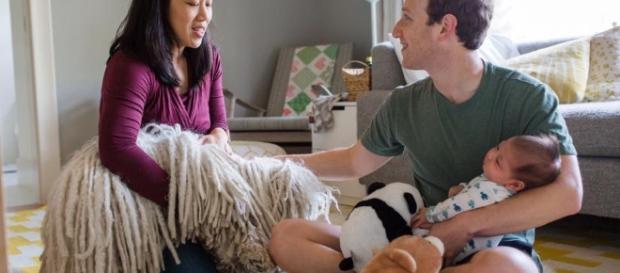 Zuckerberg preferisce la sua casa alla Casa Bianca: alla nascita della figlia nel 2015 ha preso il congedo parentale per starle vicino. Foto:Facebook