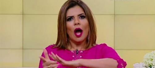 A apresentadora Mara Maravilha já esteve envolvida com diversas polêmicas a frente do programa, algumas delas muito graves envolvendo preconceito